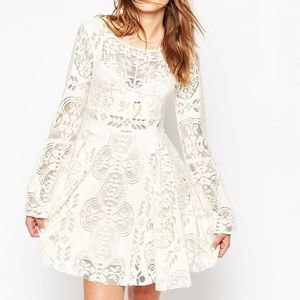 HOST PICK FREE PEOPLE LACE LOVERS FOLK SONG